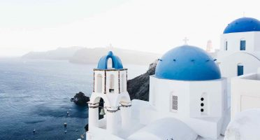 europe travel tips santorini