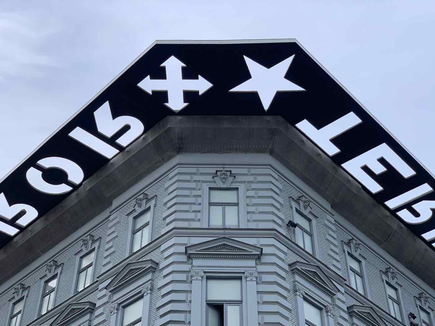 things to do budapest house of terror