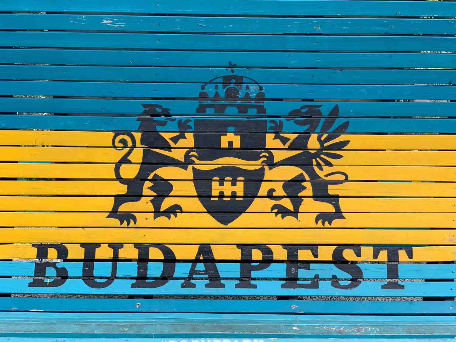 things to do budapest sign
