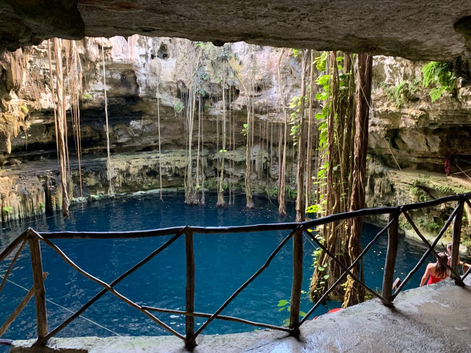 valladolid mexico cenote oxman