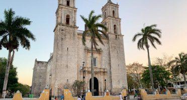 valladolid mexico iglesia san servicio