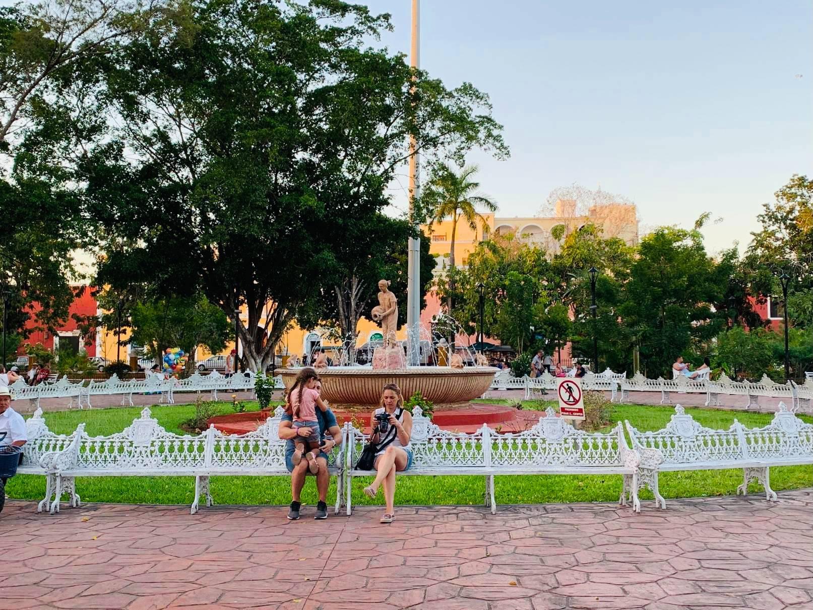 valladolid mexico plaza francisco canton